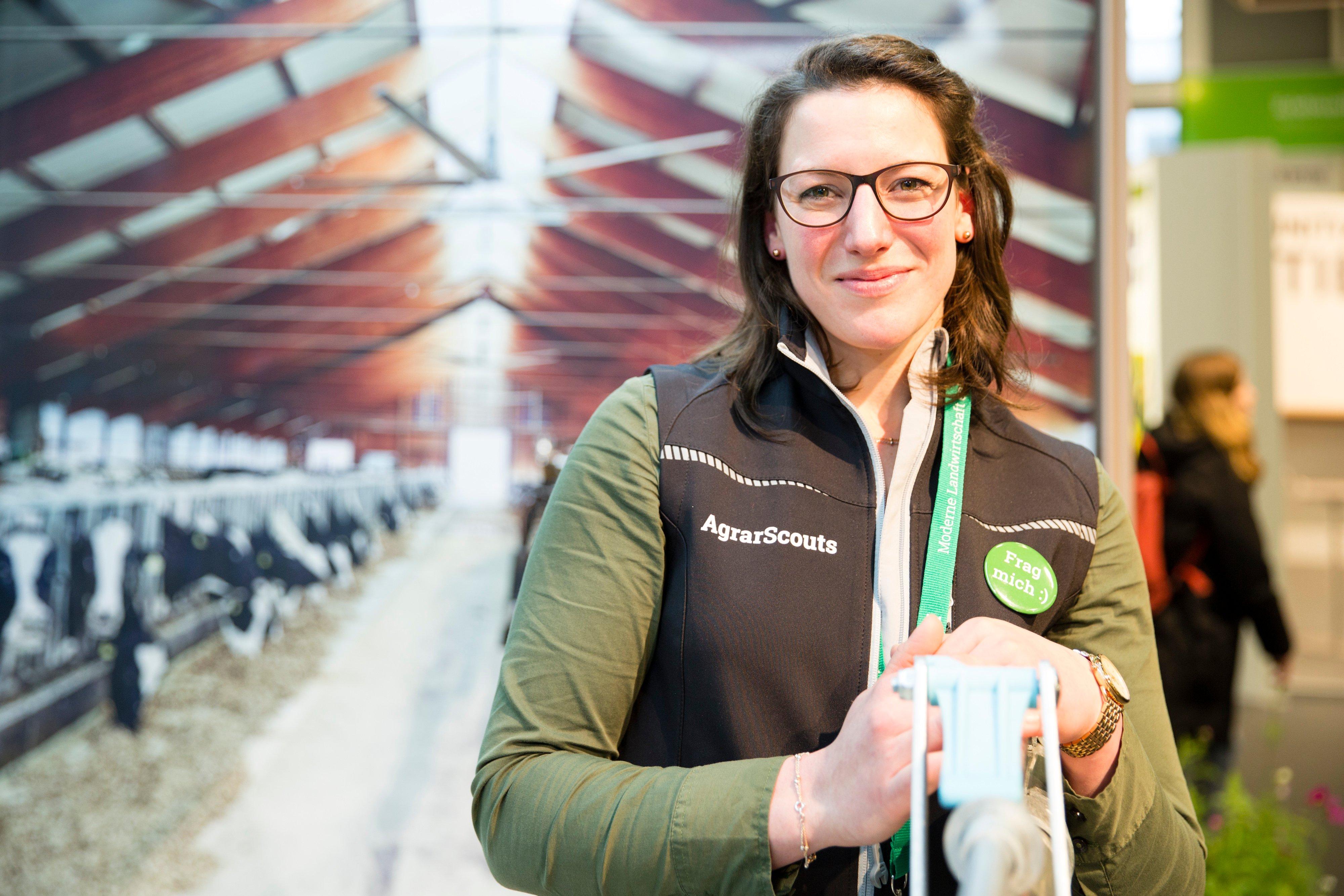 Klara Wolf, Milch- und Geflügelbäuerin